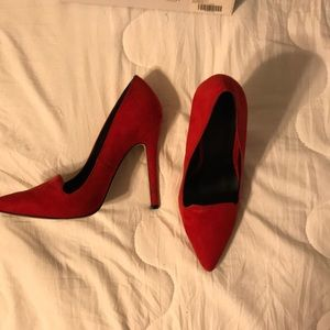 Asos Size 7 Us 5UK red pump